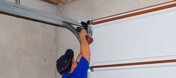 Garage door contractor Virginia